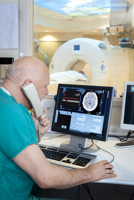 A clinician reviews results from the new ACCIPIO® Ax solution, which features SliceMap™, an integrated view showing all CT slices with suspected intracranial hemorrhage (ICH) without leaving their current workflow. ACCIPIO Ax is the second component of MaxQ AI's ACCIPIO® ICH Platform, the complete ICH solution for stroke and head trauma assessment.